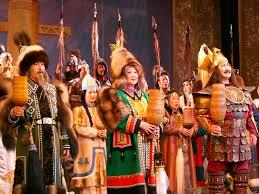 Олоҥхо театрын онлайн испэктээктэрэ