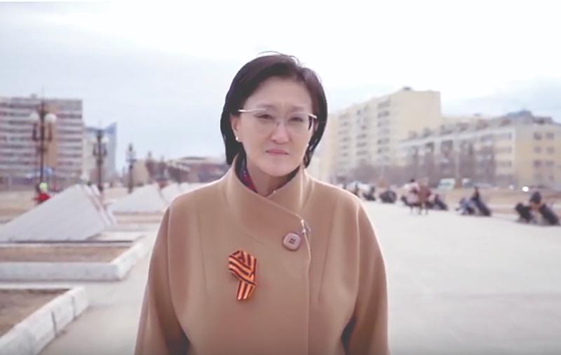 Сардана Авксентьева II-c Аан дойду сэриитэ түмүктэммит күнүнэн эҕэрдэлиир