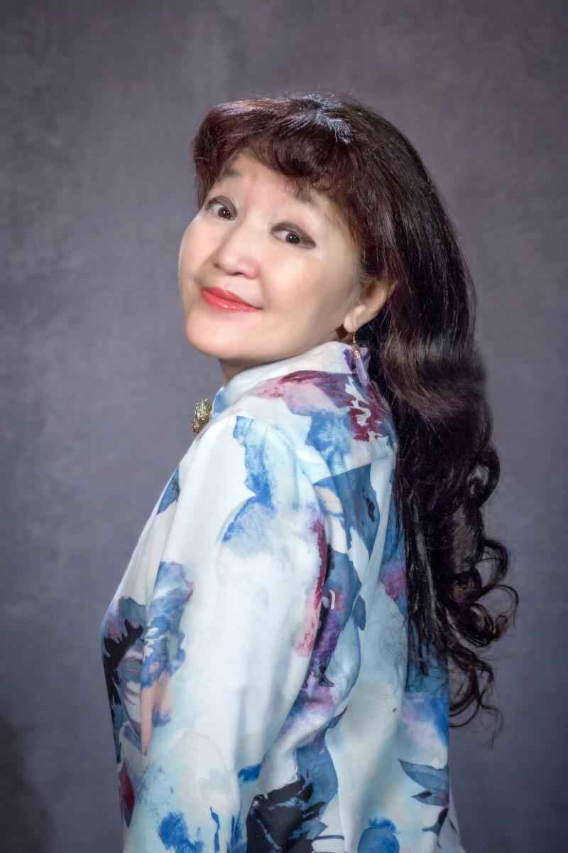 Надежда Егорова-Намылы: «Санаабар, суруйартан атыны сатыа суохпун...»