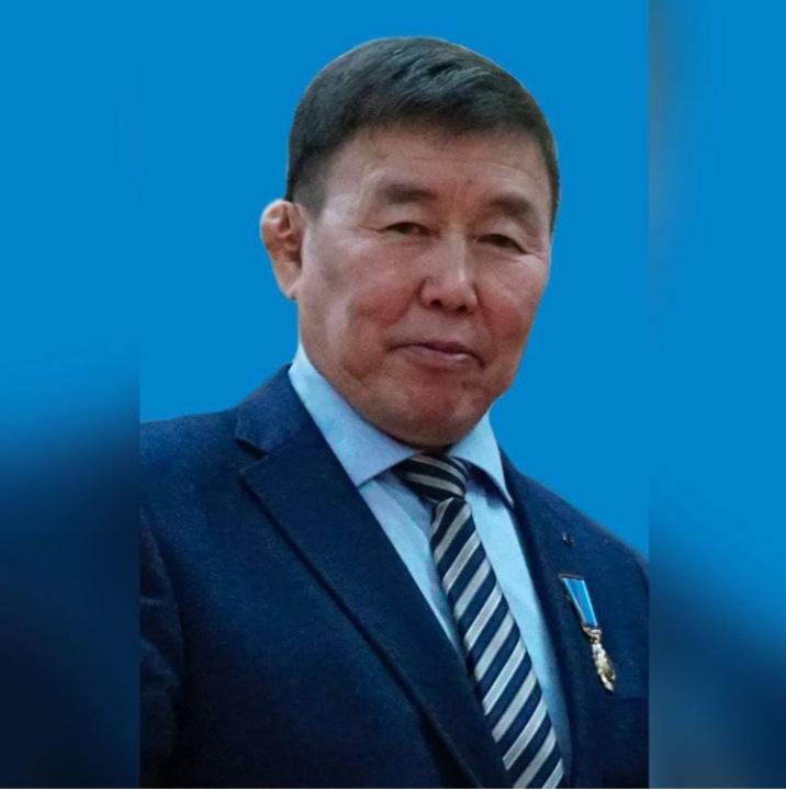 Николай Кульбертинов баһылык сүбэһитинэн ананна