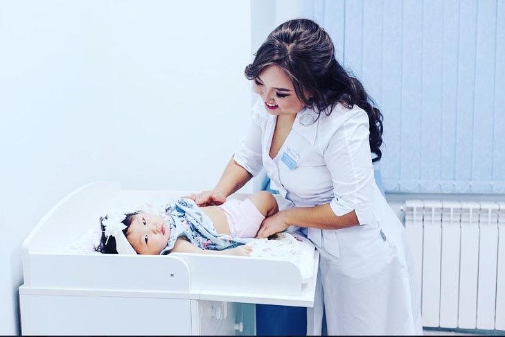 Педиатр Елена ИВАНОВА:  «Улаатар оҕоҕо — ураты болҕомто»